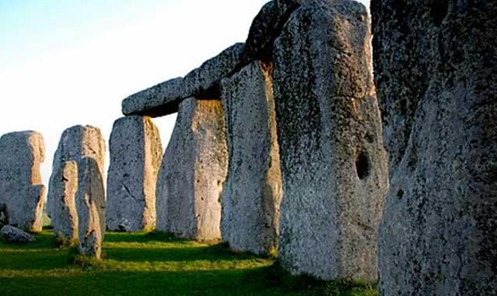 Dating stonehenge