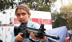 Kids-with-guns_Gia