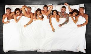 Geordie-Shore-Bed-Group-1-(Black-Floor)